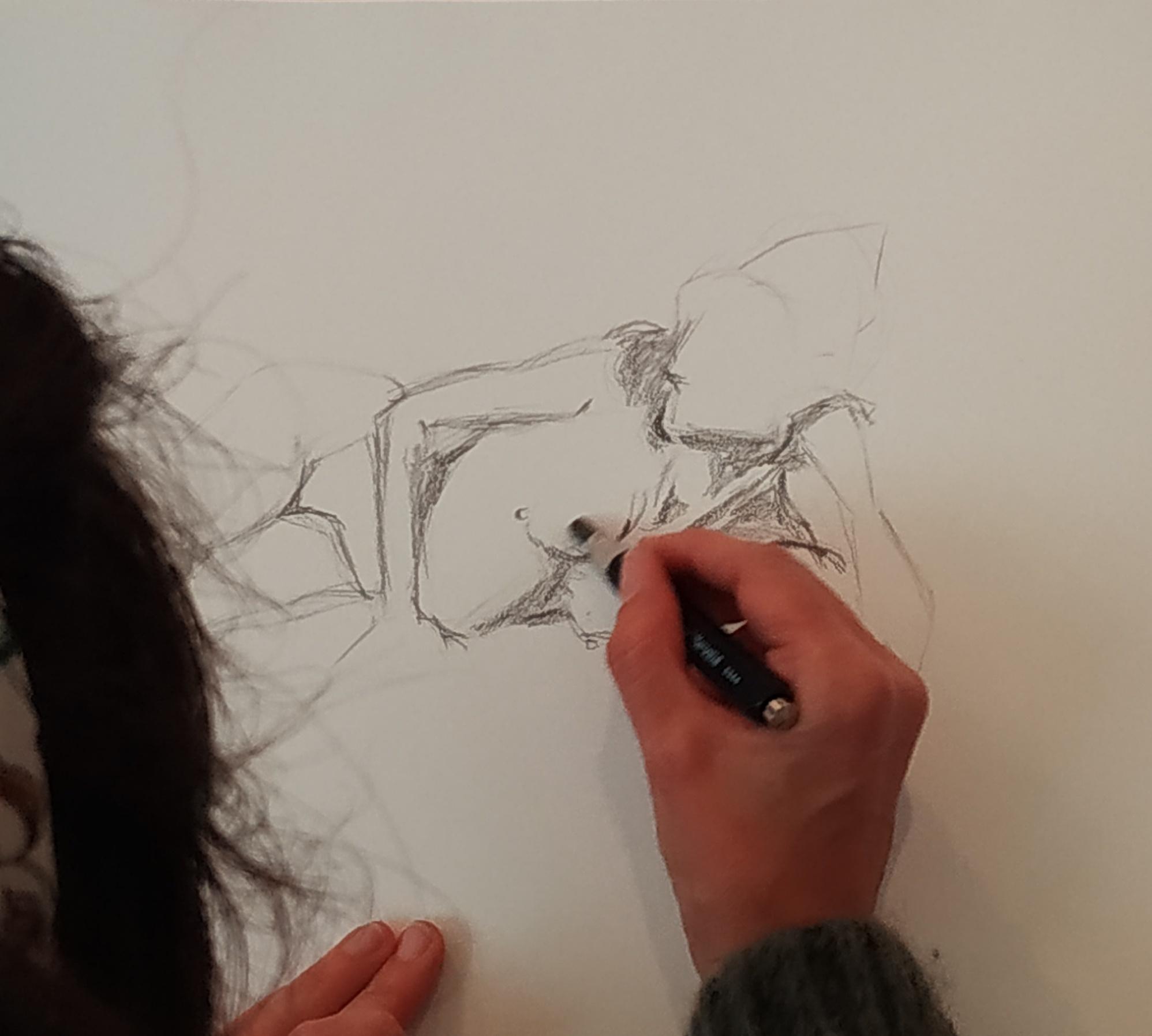 Croquis dessin de nu Allong� au crayon de papier   cours de dessin