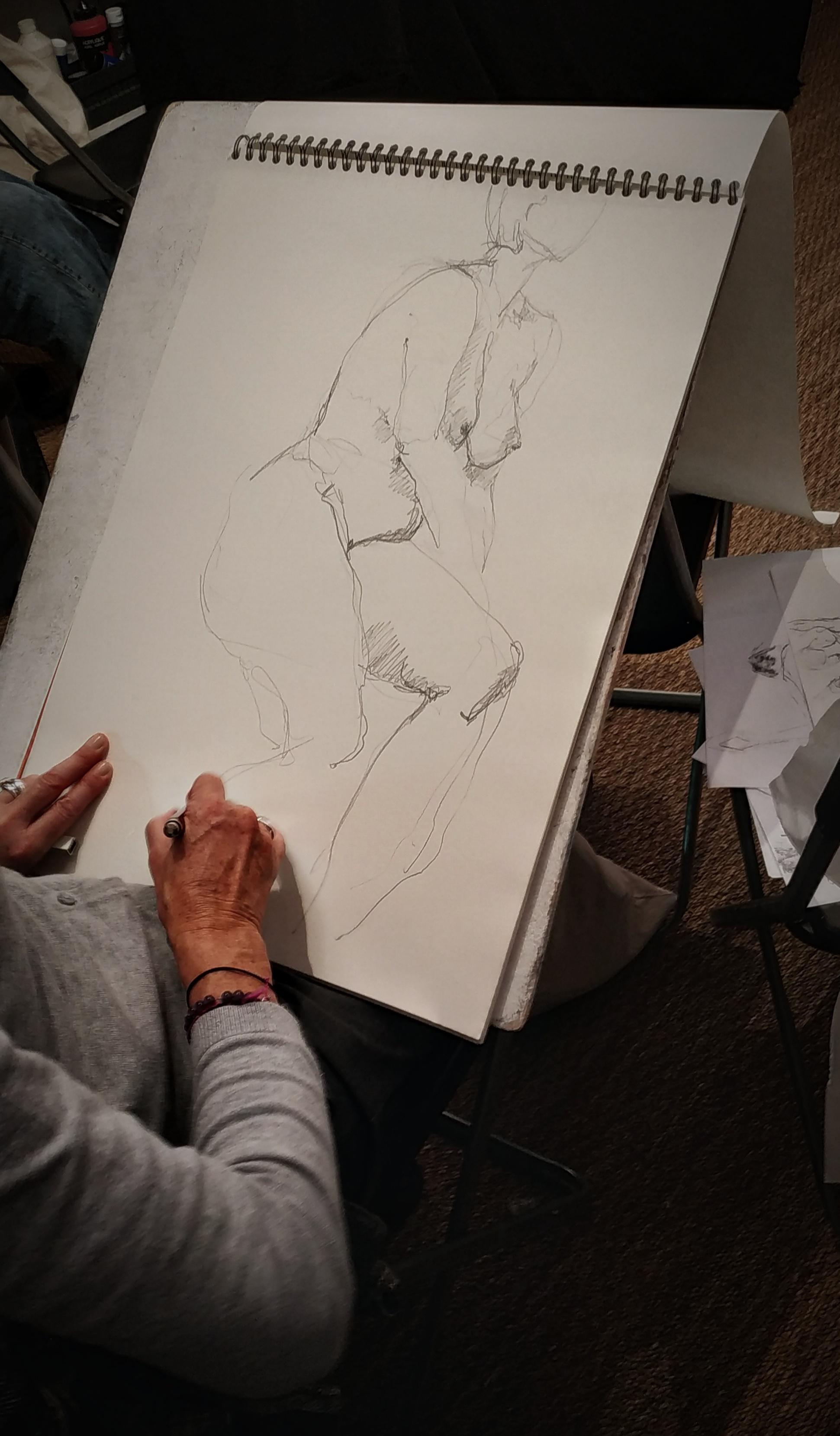 Croquis mod�le vivant assis pastel gras  cours de dessin