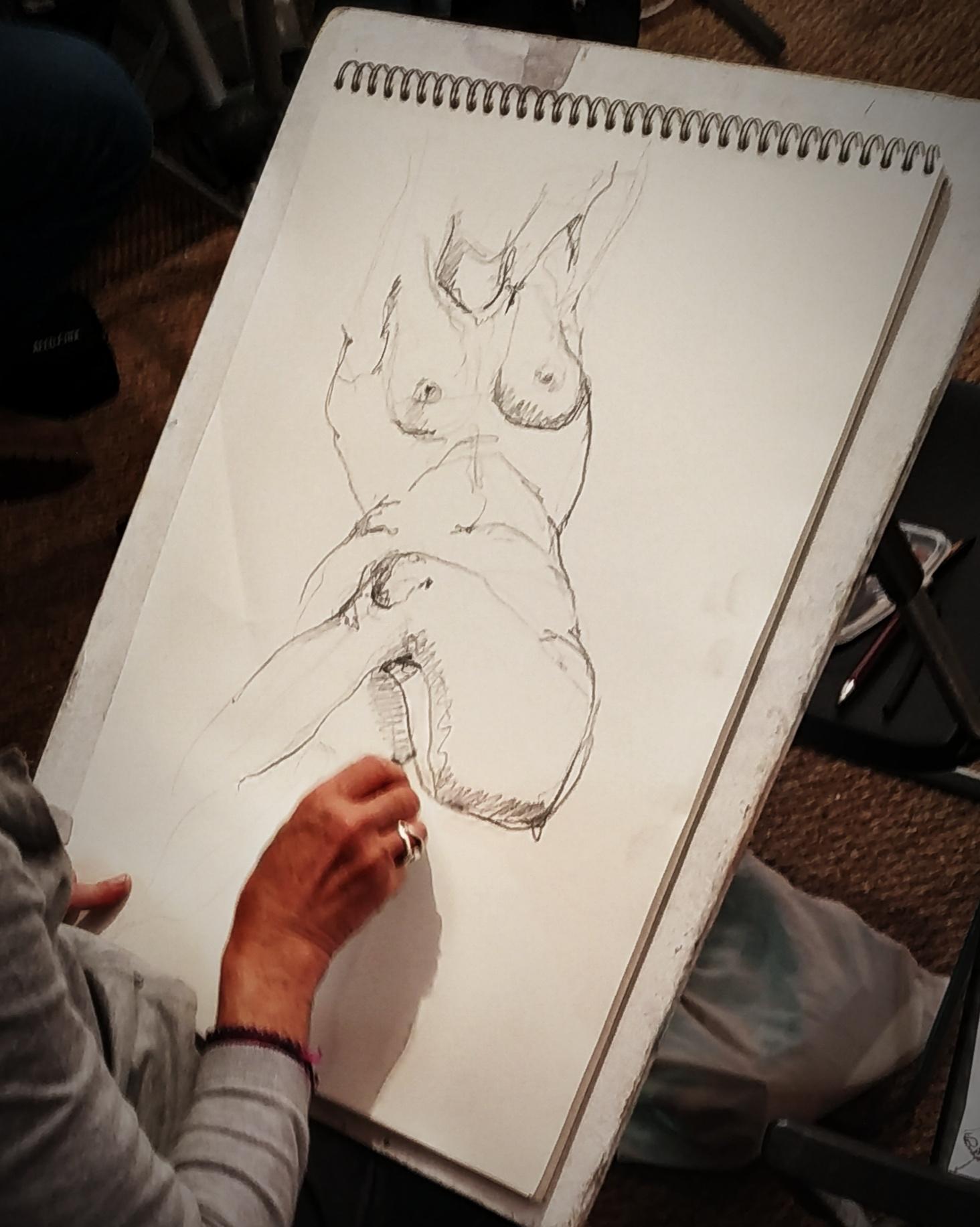 Croquis mod�le vivant ainsi Pierre noir  cours de dessin