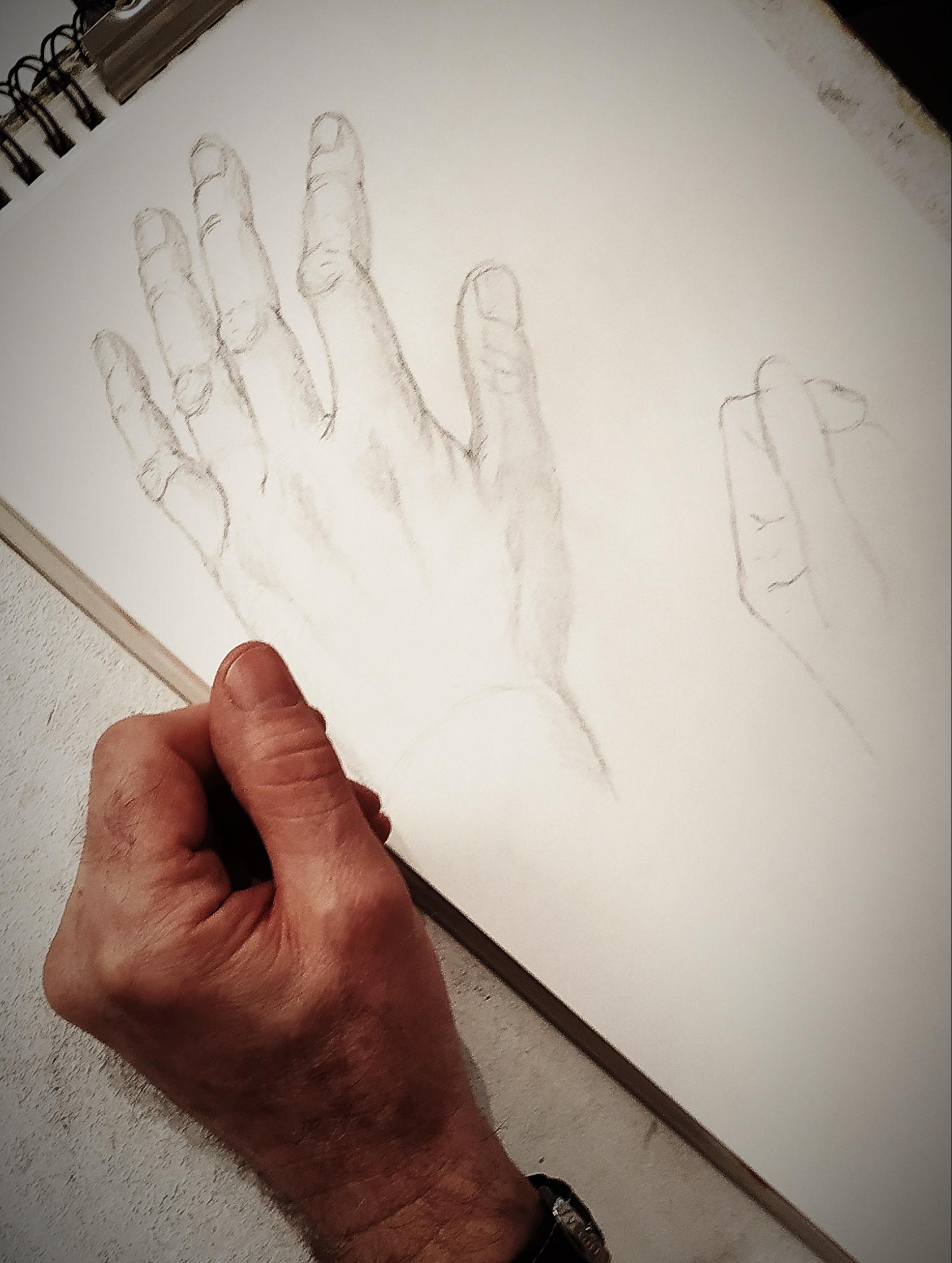 Croquis dessins d'observation main  cours de dessin