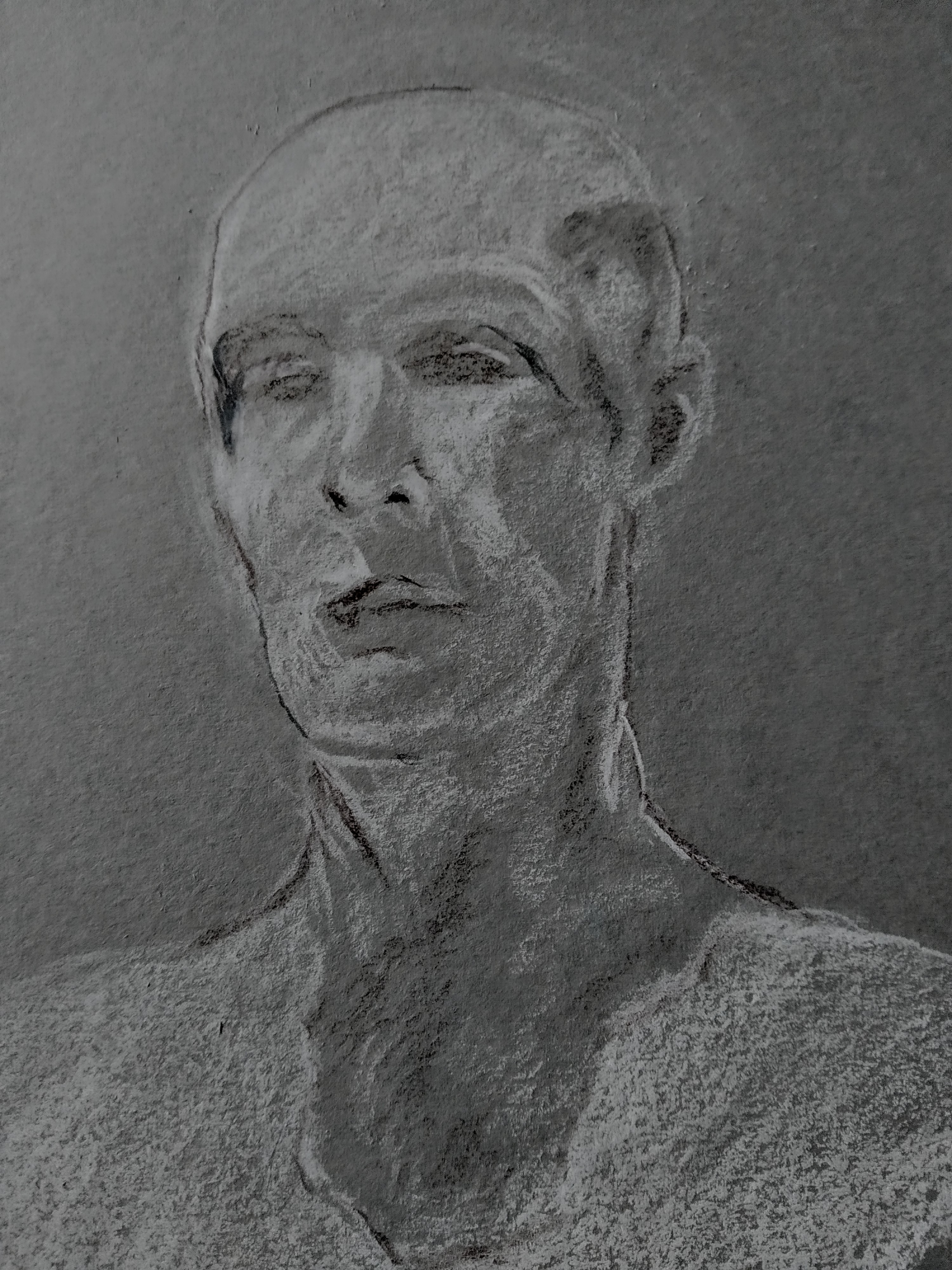 Dessin fusain cr�e portraits  cours de dessin