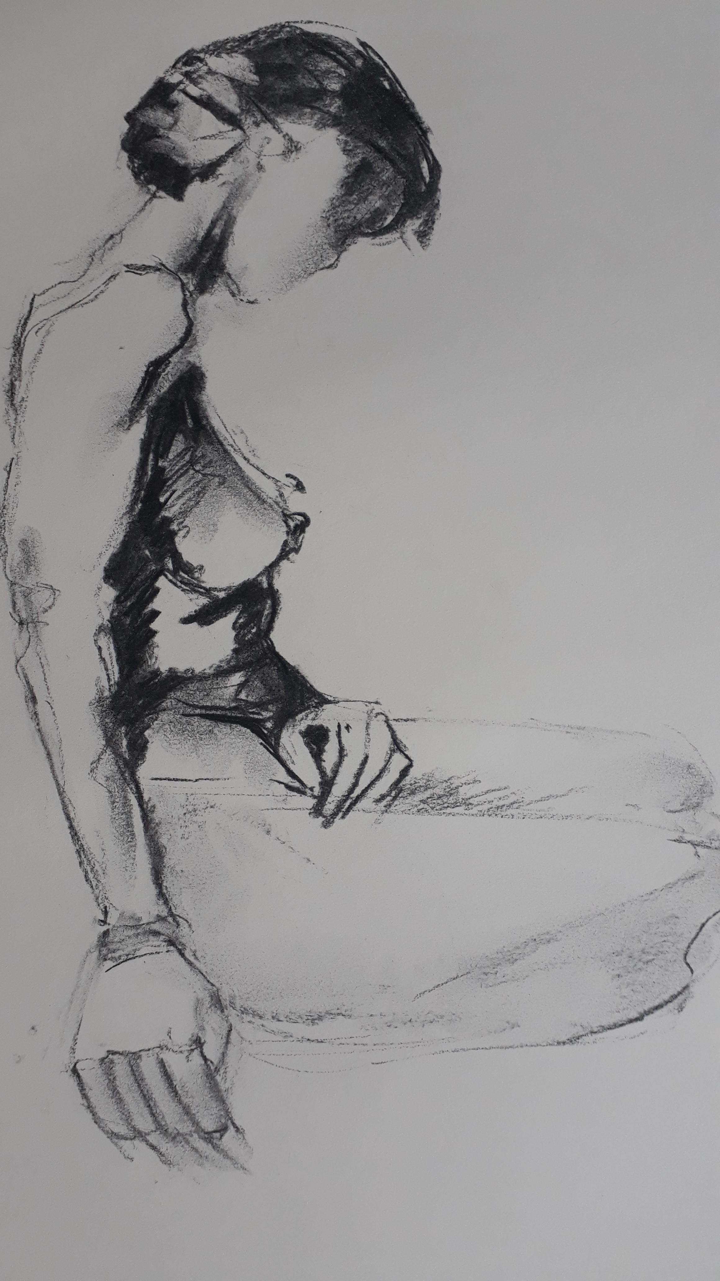 Esquisse femme assise fusain  cours de dessin
