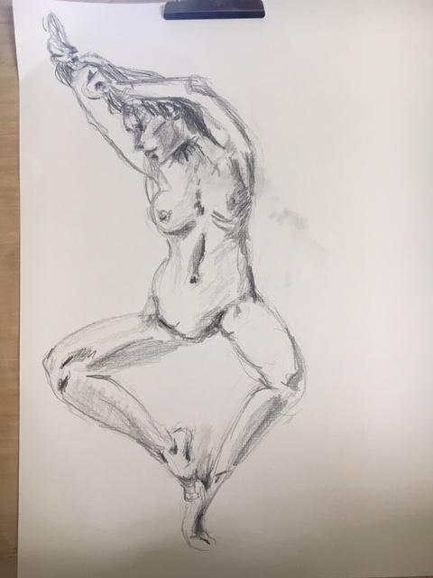 femme dessin fusain crayons   cours de dessin