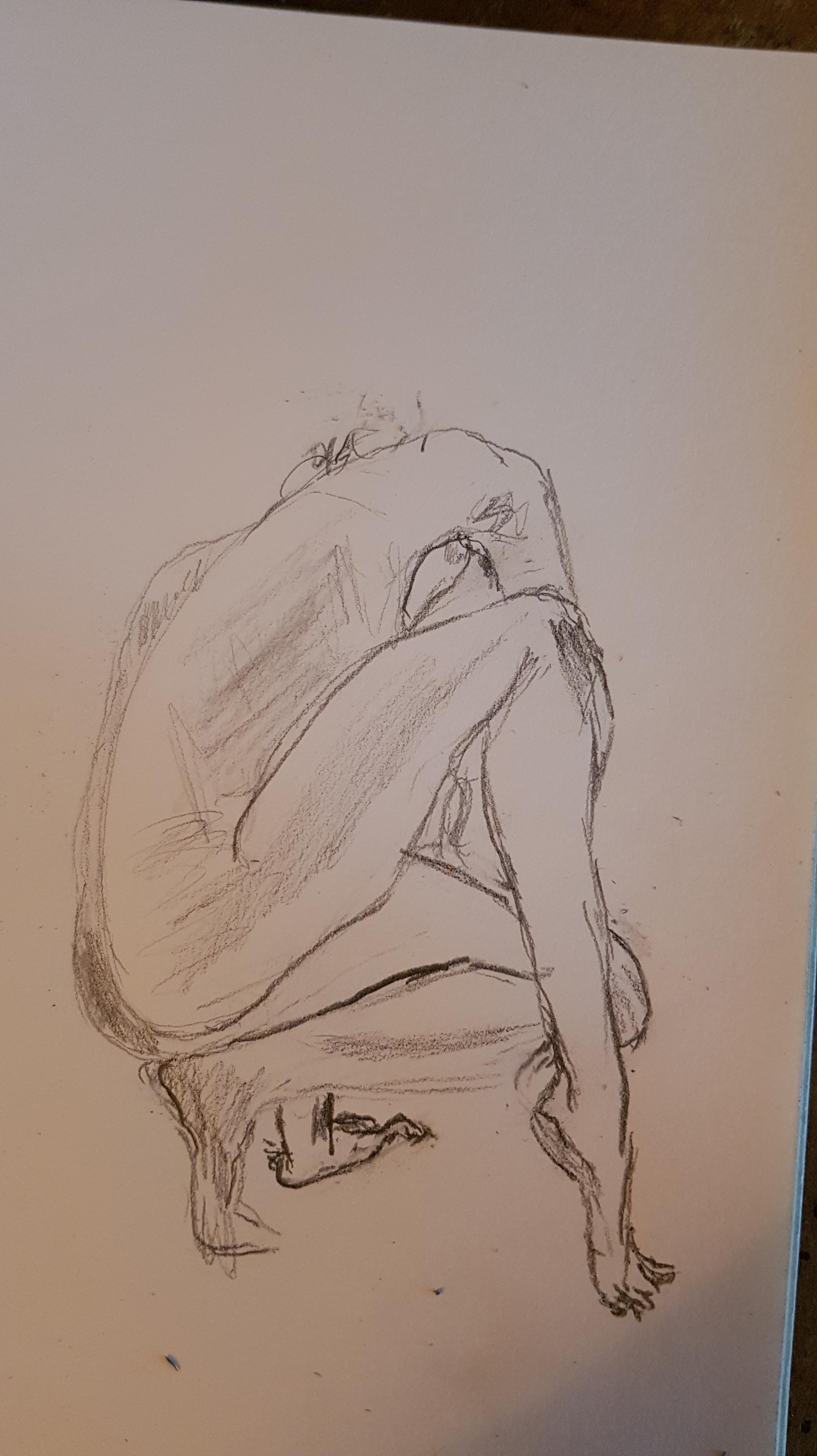 Esquisse rapide crayon papier femme accroupi dos  cours de dessin