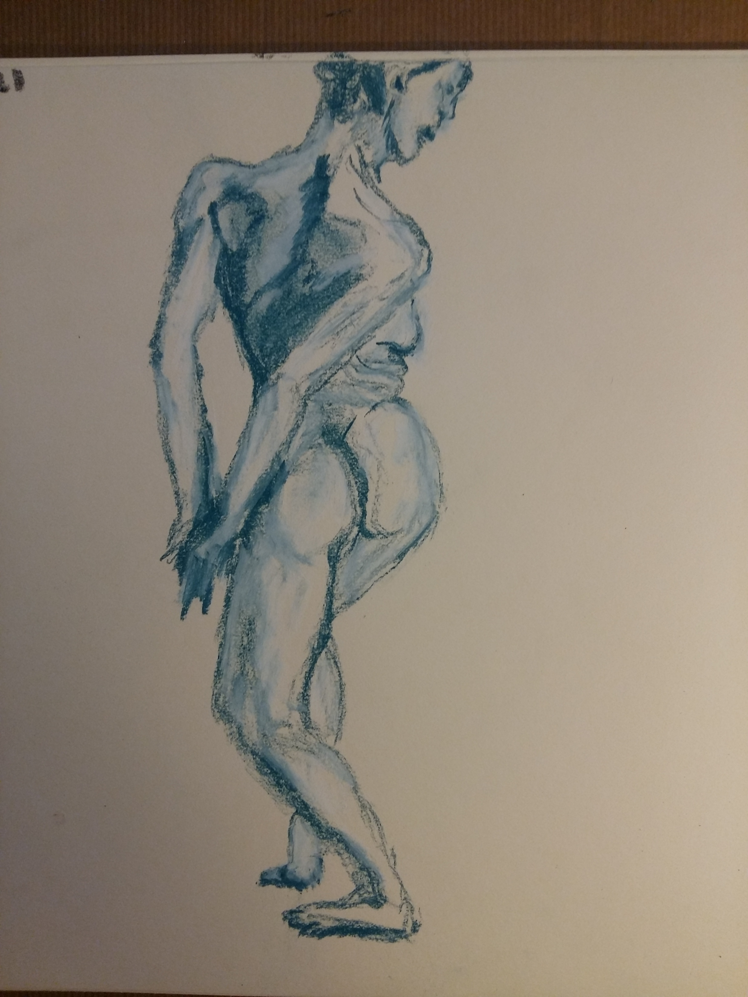 Dessin femme rotation déhanché pastel bleu estompe  cours de dessin