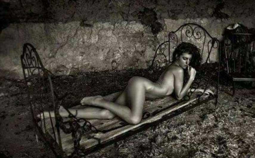 modele vivant femme ludivine
