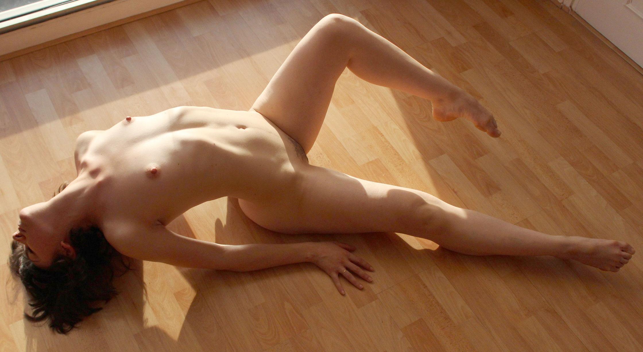 modele vivant femme chloe